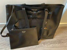 Prada Shopper black leather