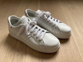 Prada Sneaker in weiß, Gr. 40,5 (passt einer Gr. 41)