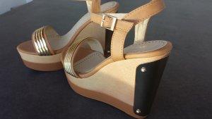 Premium Sandalen- Plateauheels SIZE 38