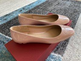 Salvatore ferragamo Patent Leather Ballerinas pink