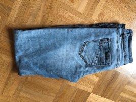 Promod Jeans a sigaretta blu neon