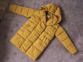 Puffer Coat Jacke von Pieces Größe M in gelb gold