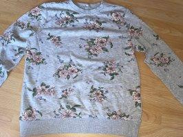 Pullover mit Blumen