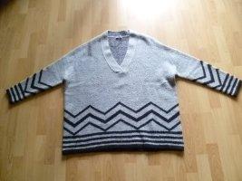 Pullover von open end over size Gr. 42/44 schwarz/grau wie neu