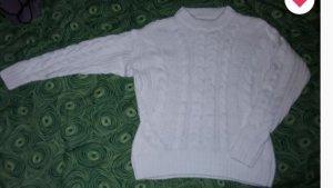 Warkoczowy sweter biały-w kolorze białej wełny