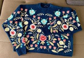Pullover Zara blau Stickerei Gr.M oversize