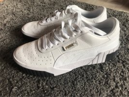 PUMA Cali Sneaker Weiß/Schwarz