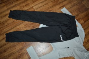 PUMA Chase Woven W Trainingshose Gr. 38 Top