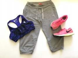 PUMA Joggingshose shorts Sport pants Hose Gr. S 36 grau
