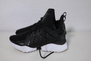 Puma Zapatillas con tacón negro-blanco Poliéster