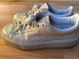 Puma Basket montante crème