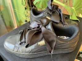 Puma sneaker mit großer Schleife schwarz
