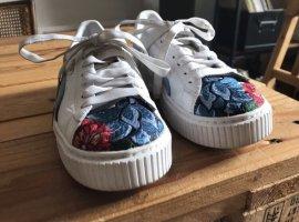 PUMA Sneaker Schuhe Gr 37 UK 4
