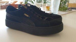 Puma Suede Plateau Sneaker schwarz