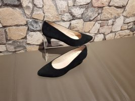 Caprice Pointed Toe Pumps black suede