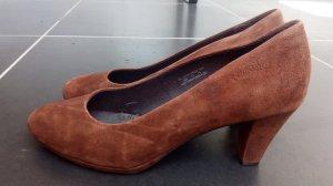 Bugatti Classic Court Shoe brown