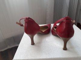 Anette Görtz Décolleté con cinturino rosso Pelle