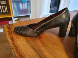 Pumps in Leder von Gabor