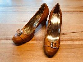 Pumps mit Metallschnalle von Evita Shoes *Retro*