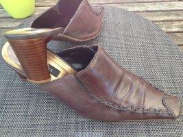Görtz Shoes Mule à talon brun cuir