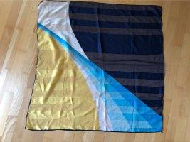 Quadratisches Sommer-Tuch