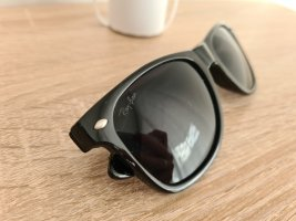 Ray Ban Angular Shaped Sunglasses black