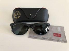 Ray Ban Sonnenbrille New Wayfarer in schwarz