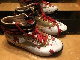Reebok Sneakers extravagant