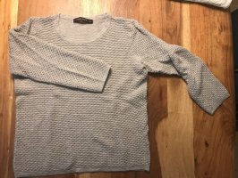Reserved Pullover