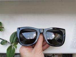 Retrosuperfuture Lunettes de soleil angulaires noir