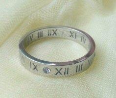 Ri5537,Ring mit römischen Ziffern