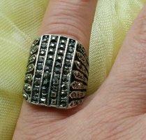 Ri9502,Verspielter Ring mit Steinchen