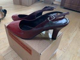 Graceland Strapped Sandals black-bordeaux