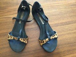 Riemchen-Sandalen in Leo Look von Buffalo