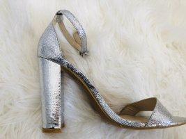 Riemchen-Sandalette in Silber