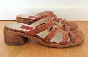 Riemchen Sandaletten in beige von Blay, guter Zustand