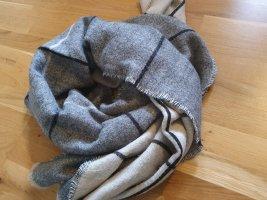 Zara Woolen Scarf light grey-beige