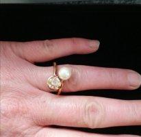 Ring mit Perle dreifach punziert