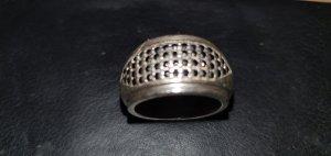 Ring mit schwarzem Zirkonia- Besatz von ESPRIT, 925 Silber