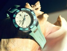 RIP CURL Surf Watch Armbanduhr 200 M Waterbroof Water Resistant Silikon Armband