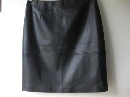 Comma Faux Leather Skirt black polyurethane