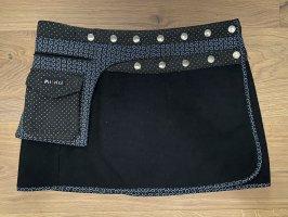 Moshiki Wool Skirt black-white