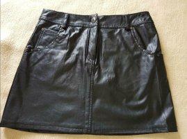 Rock schwarz kein echtes Leder Größe 38