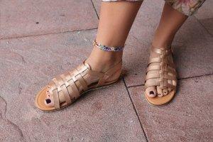 Sandały rzymskie złoto