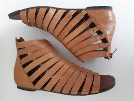 Vagabond Sandalias romanas marrón-coñac Cuero