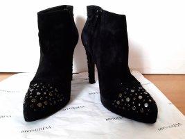 Roger Vivier Boots Stiefeletten Nieten