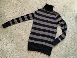 Jersey de cuello alto negro-color plata