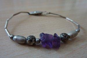 Romantisches Armband mit echtem Amethyst