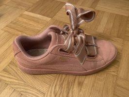 Rosa Puma Suede Schuhe