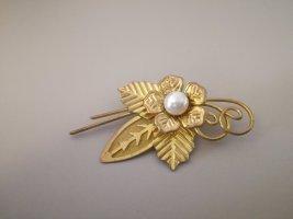 Vintage Brooch gold-colored-cream